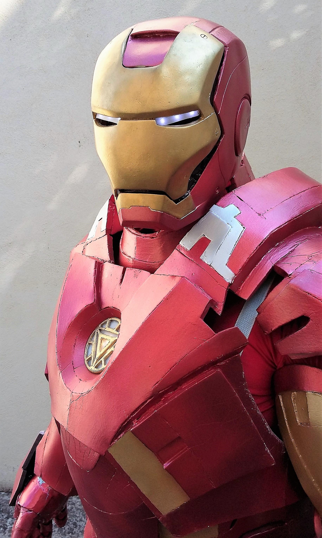 mascotte ironman up animazione up